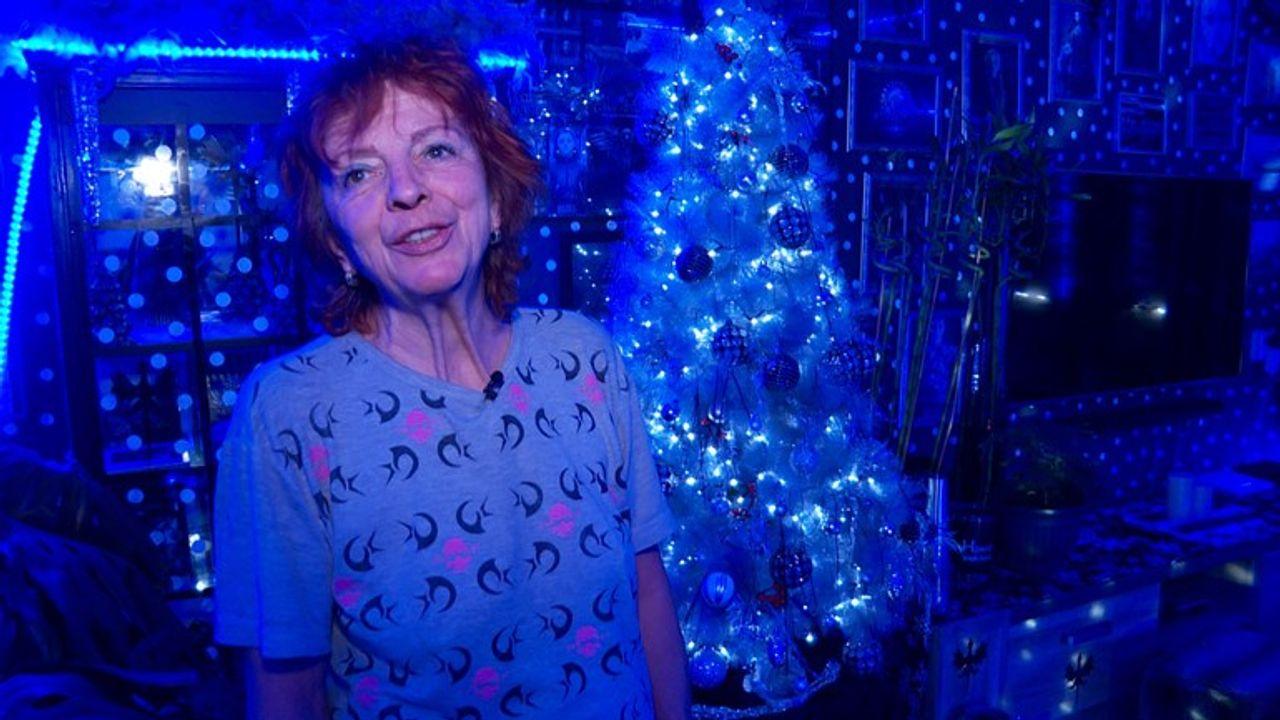 Kijk hier naar het bijzondere kersthuis van Marijke