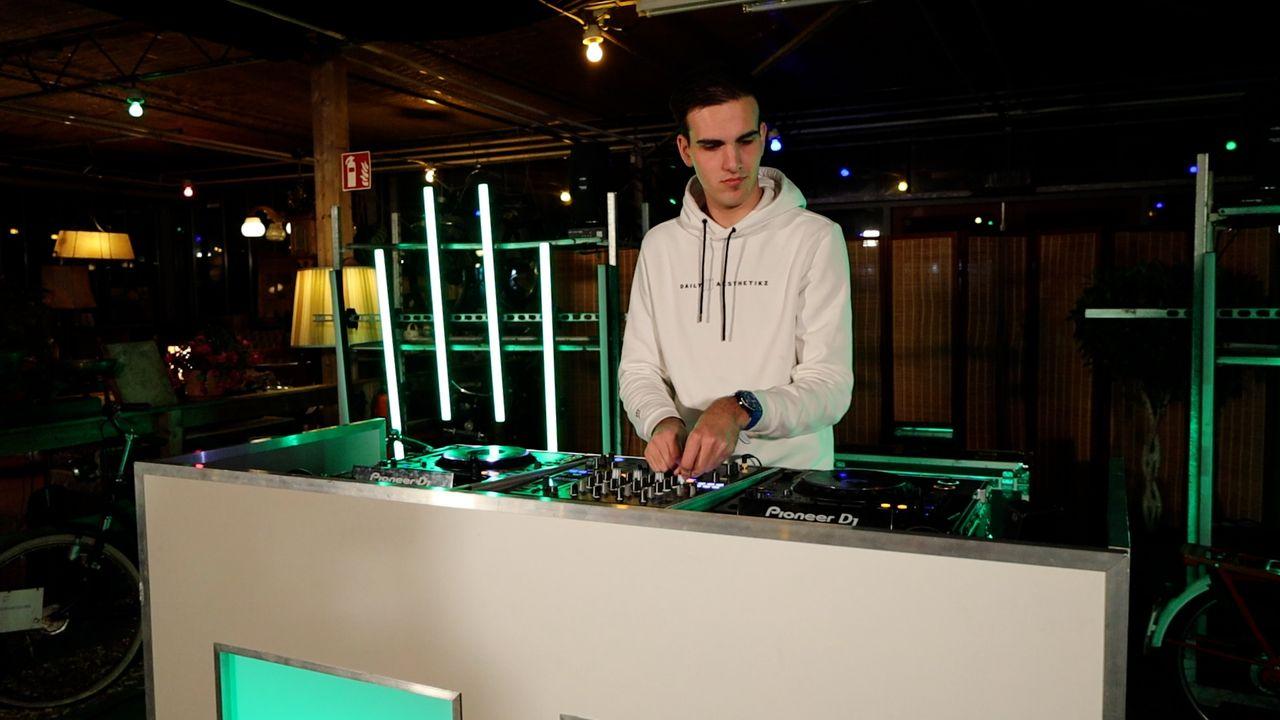 DJ's knallen het jaar uit met gratis mix