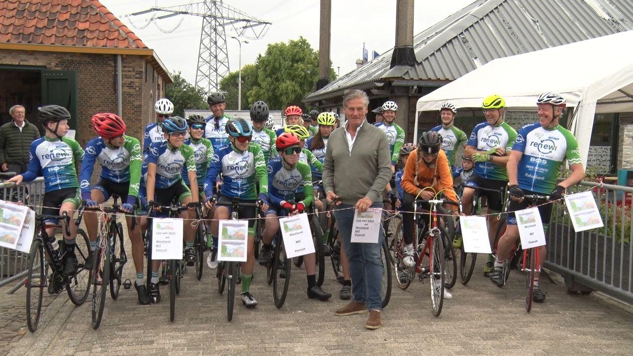 Leo van Vliet geeft startschot bij Vlietwoning