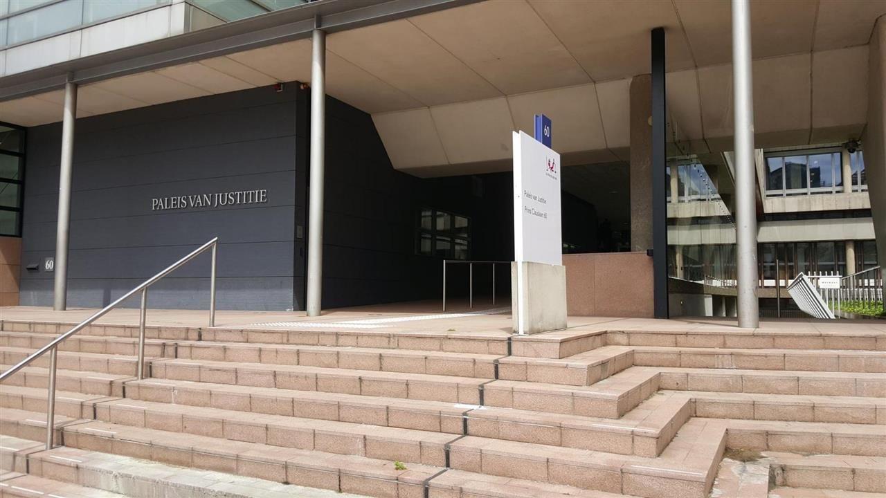 Tien maanden cel wegens seksuele relatie met leerling
