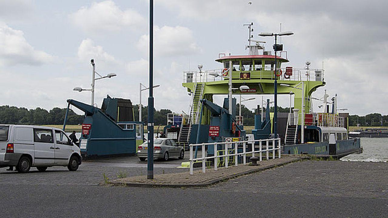 Veerdienst Maassluis-Rozenburg vaart weer