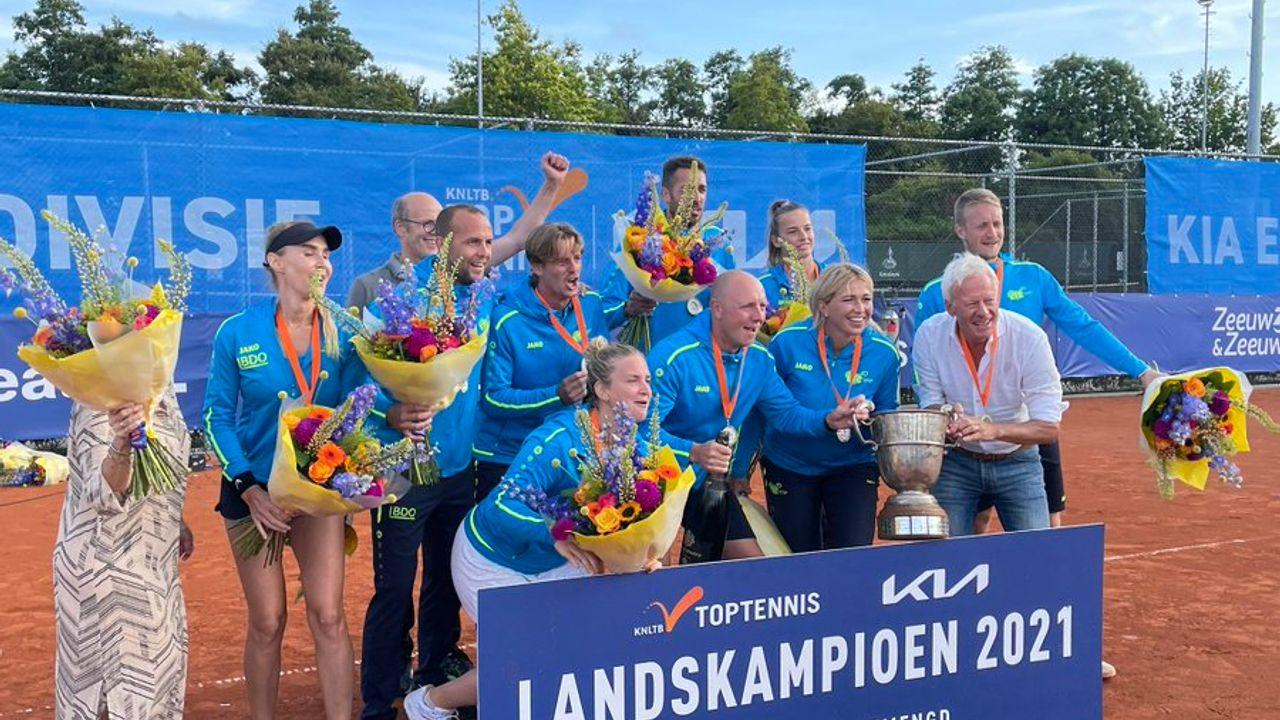 Eerste landstitel tennissers LTC Naaldwijk