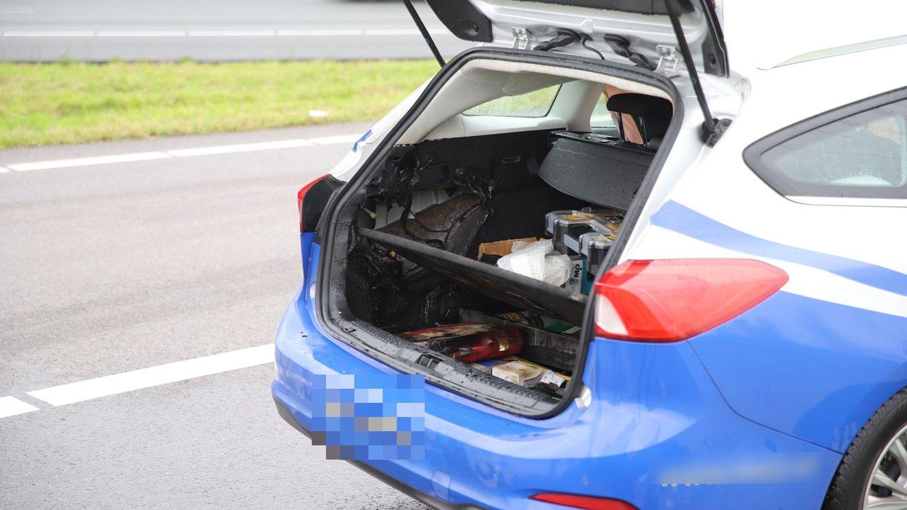 Explosie in kofferbak van auto op A4