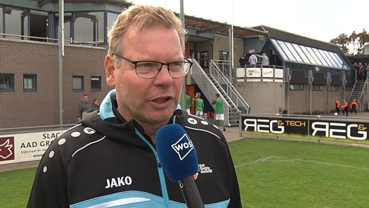 Lourens blijft trainer SV Honselersdijk