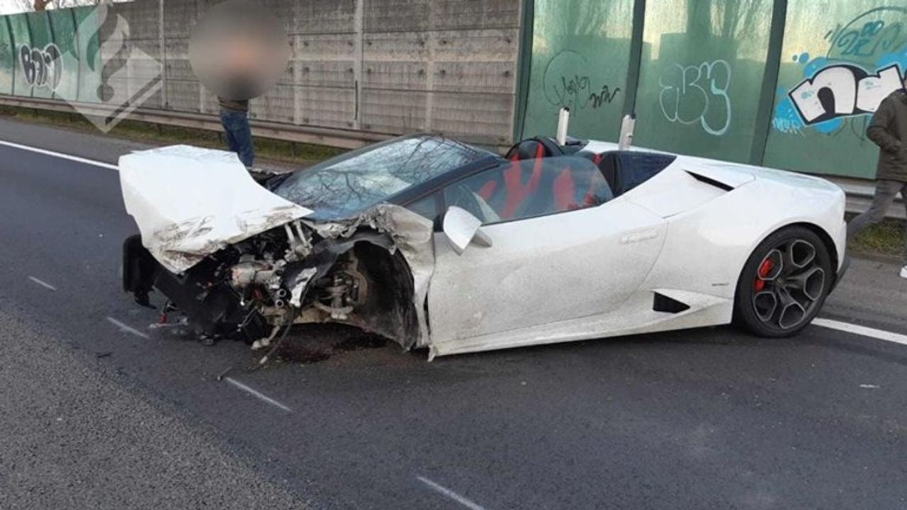 Gecrashte Lamborghini op N3 was volgens huurder gestolen: 'Maar hij had zelf de sleutels nog...'