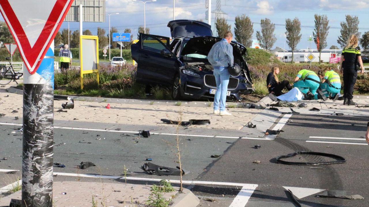Forse schade bij eenzijdig ongeval op Veilingroute