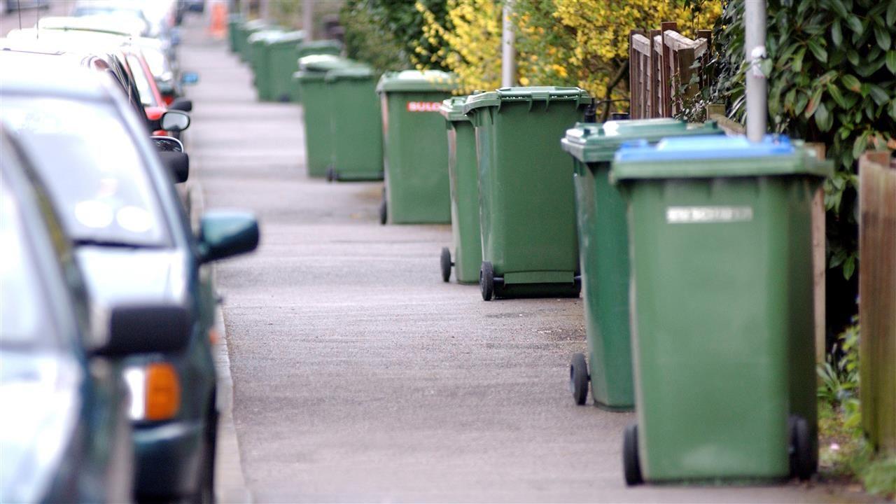 Midden-Delfland denkt na over mechanisch legen afvalcontainers