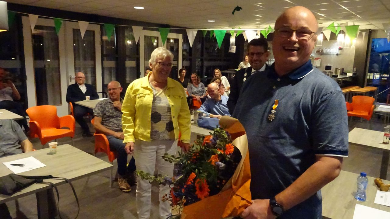 Willem van Vliet is Lid in Orde van Oranje-Nassau