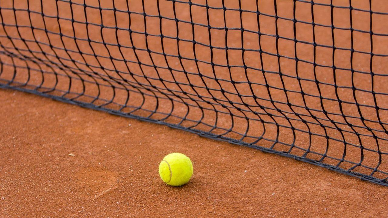 Ruime zege tennissers LTC Naaldwijk