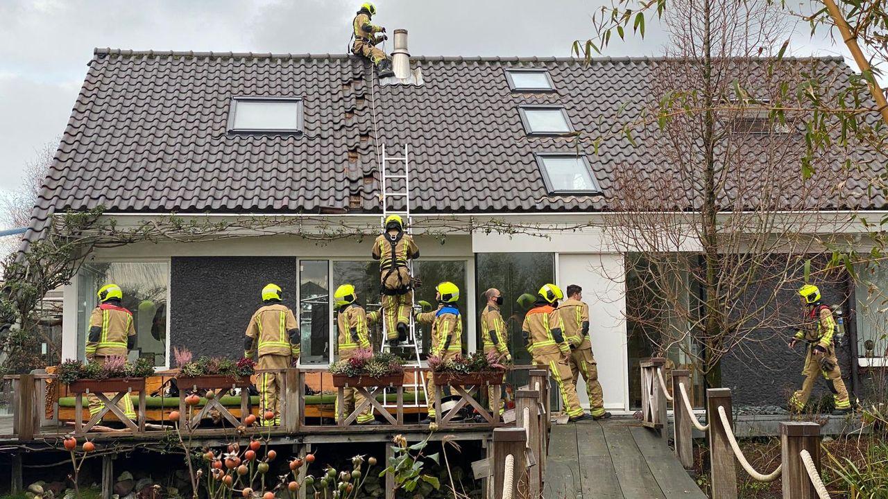 Hardnekkige schoorsteenbrand in Honselersdijk