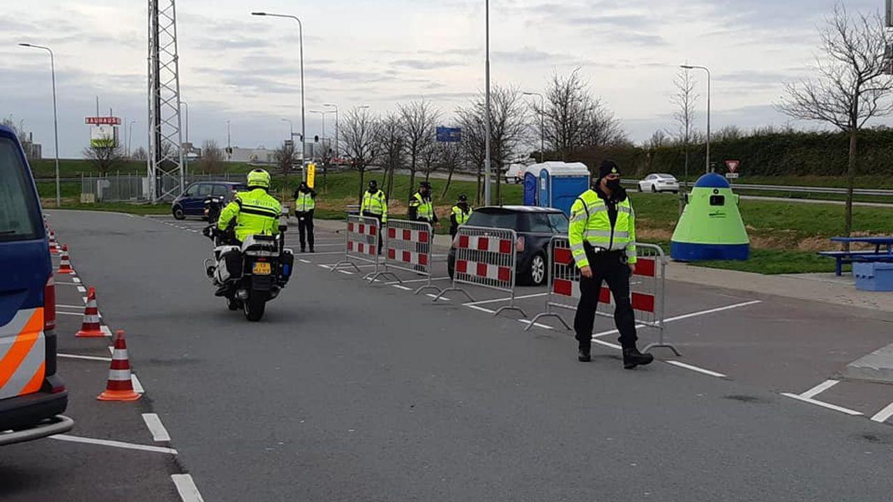 Grote politiecontrole in Midden-Delfland, 27 bekeuringen en drie aanhoudingen