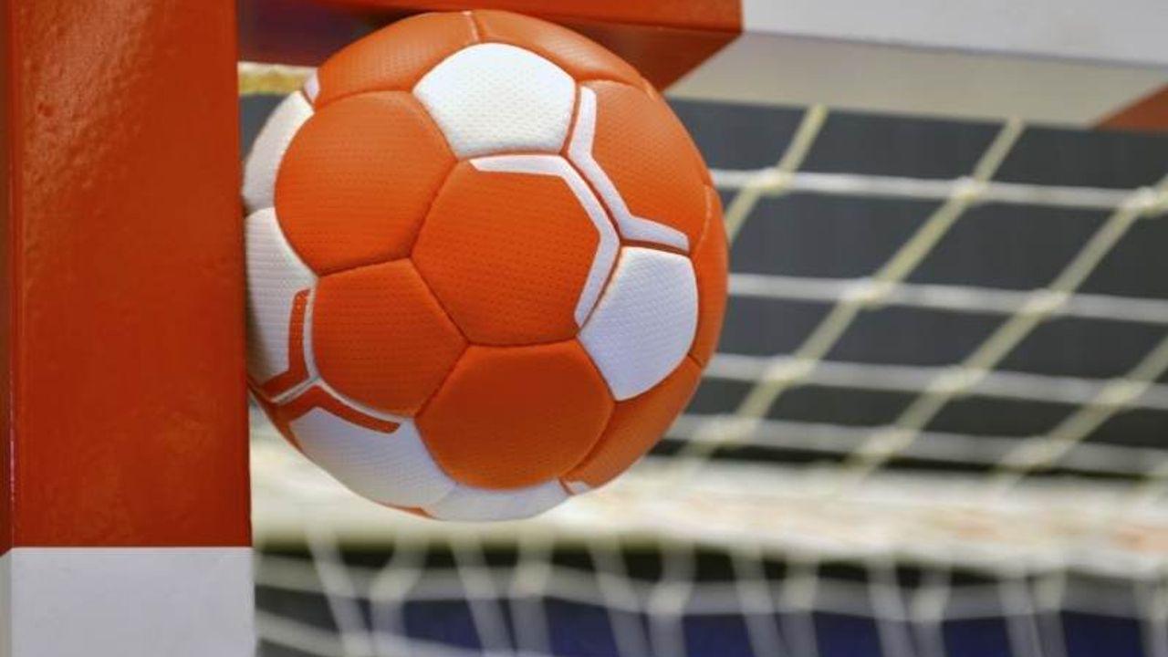 Handbalsters Quintus winnen eerste wedstrijd alternatieve competitie