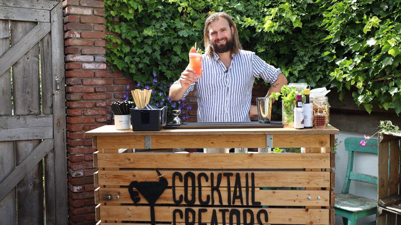 'Iedere Westlander aan de cocktail'