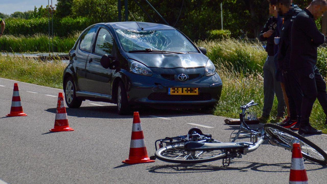 Oostgaag (N468) paar uur dicht na ongeluk