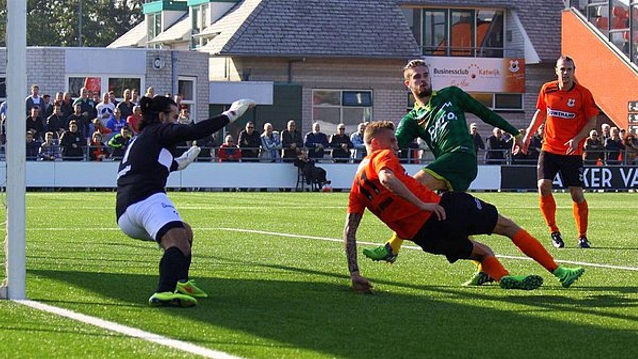 Berkhout naar FC 's-Gravenzande, Den Hoorn trekt Zwartjens aan