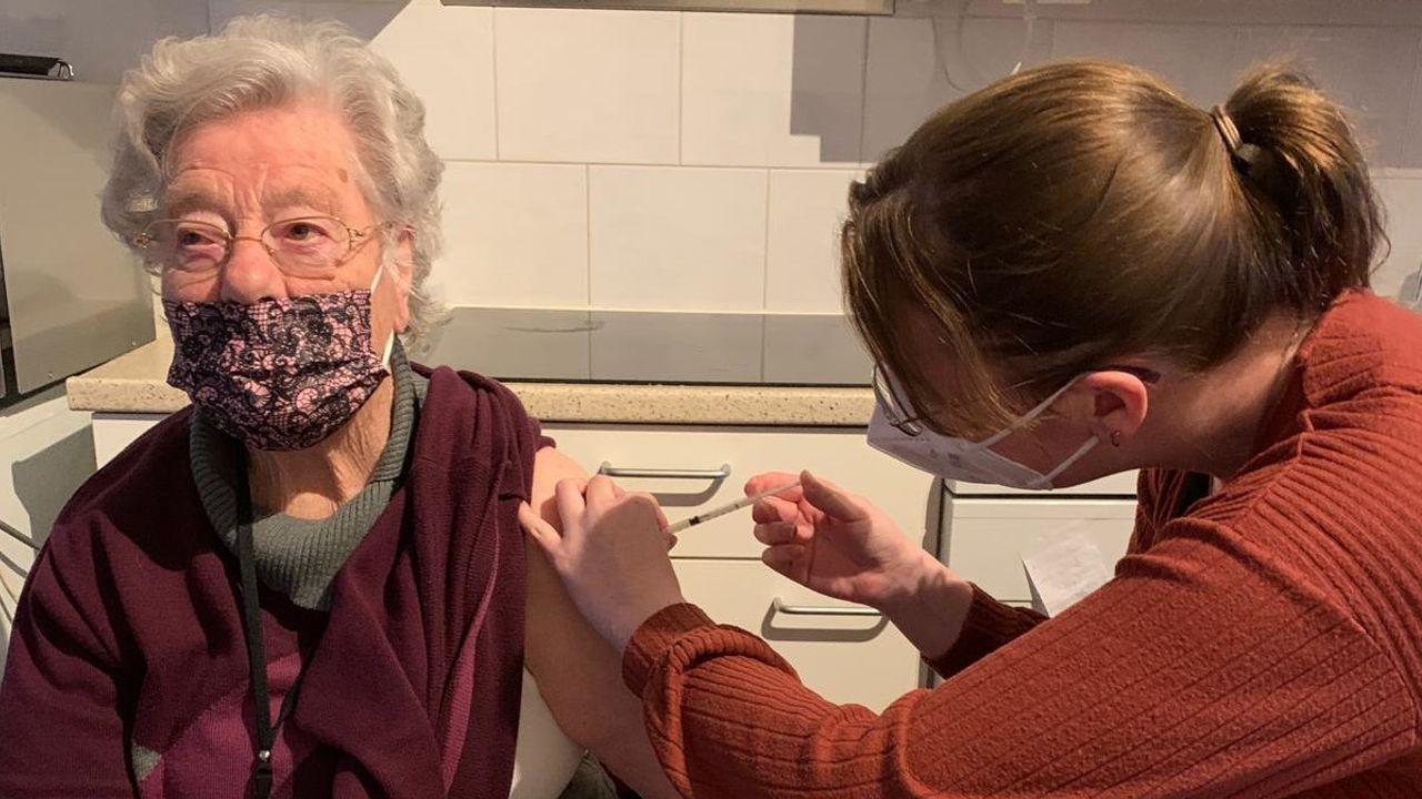 Mobiele prikteams vaccineren in verzorgingshuizen