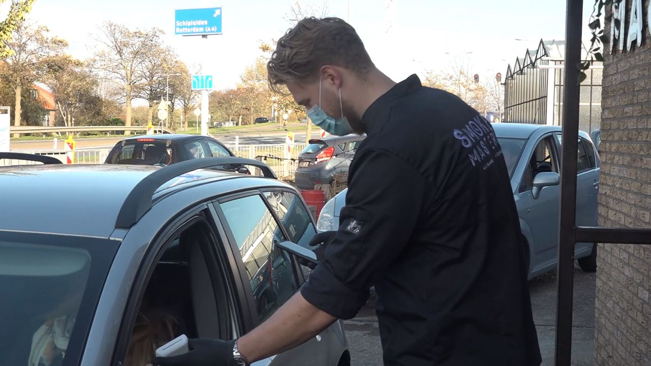 Populaire barbecue drive-through verhuist naar Harnaschpolder