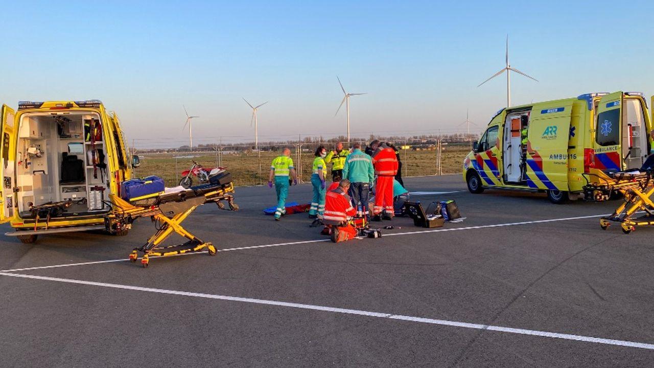 Motorrijder zwaargewond op Brexit-parkeerterrein in de Hoek