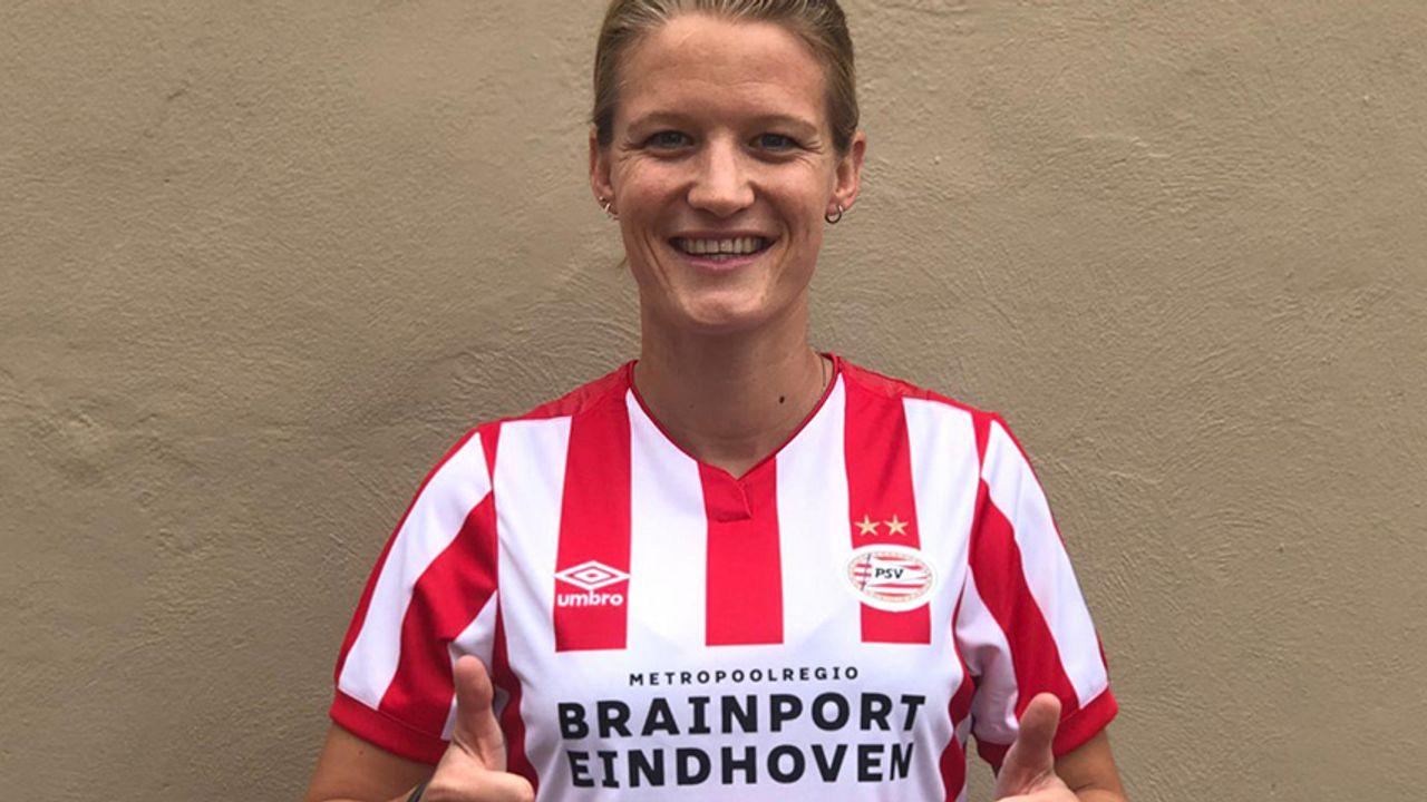 Mandy van den Berg en ploeggenoten PSV in quarantaine