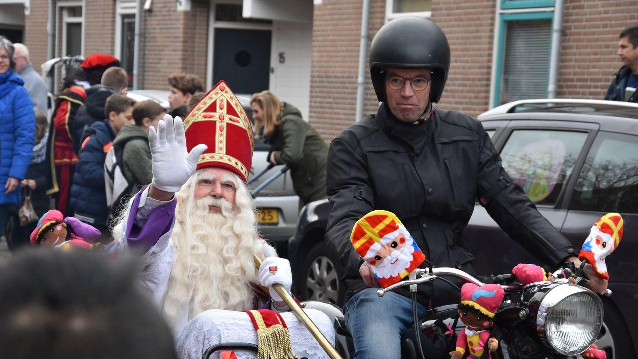 Sinterklaas komt coronaveilig aan land