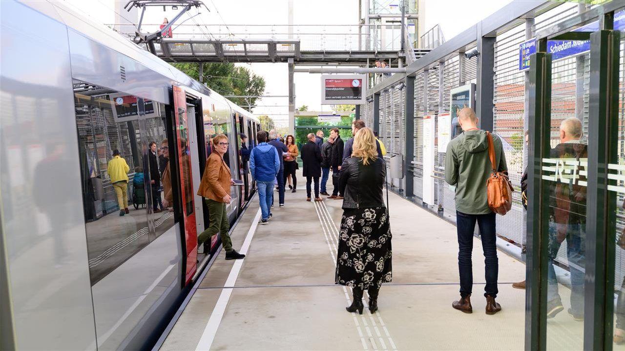 Gladheid op station langs Hoekse Lijn wordt aangepakt