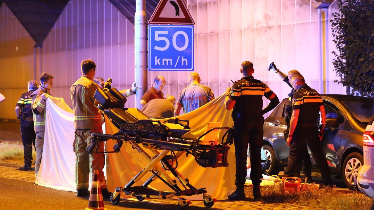 Scooterrijder ernstig gewond door aanrijding op Noordlandseweg