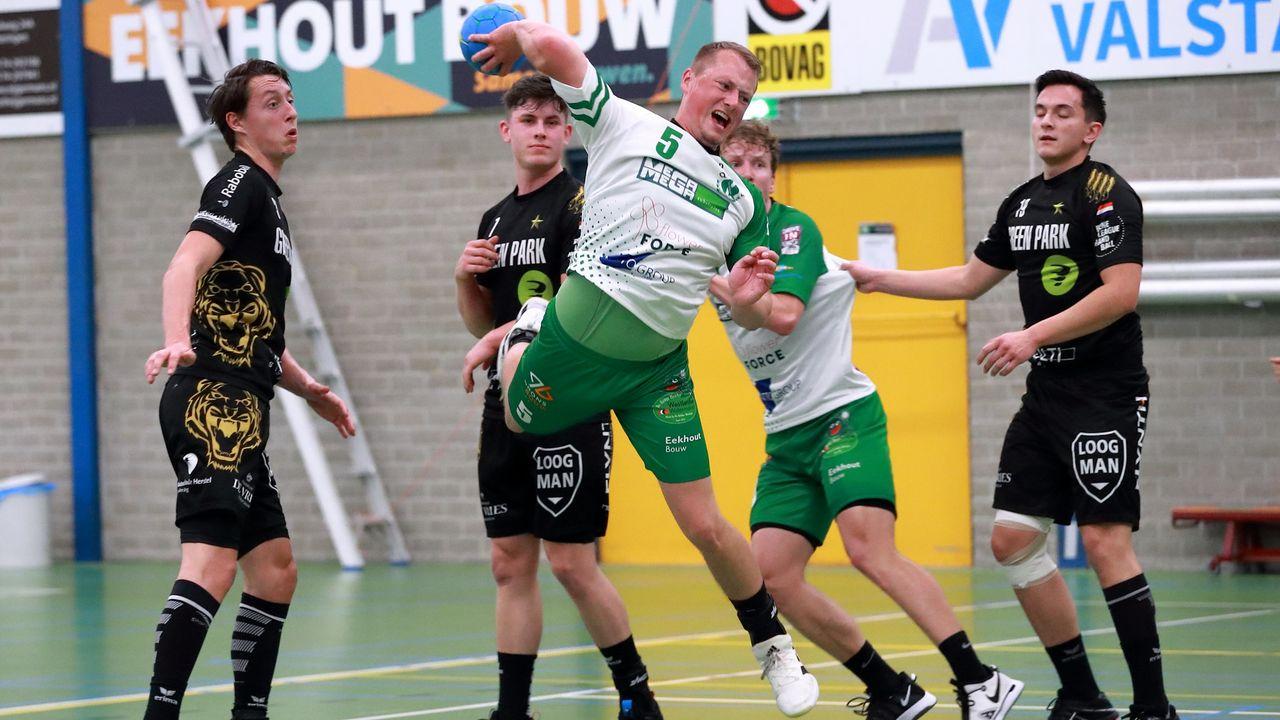 Nipte thuisnederlaag handballers Quintus tegen Aalsmeer