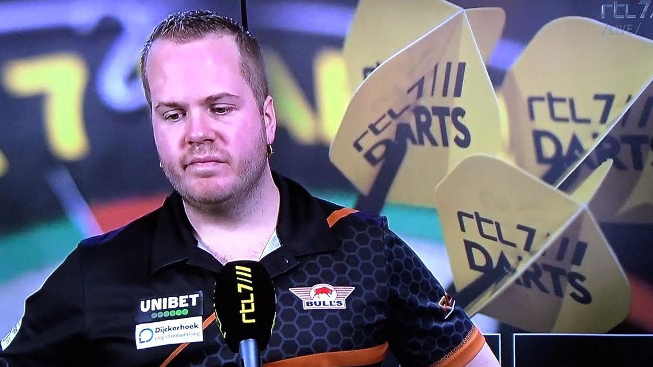 Van Duijvenbode strandt in kwartfinale na verlies tegen Van Gerwen