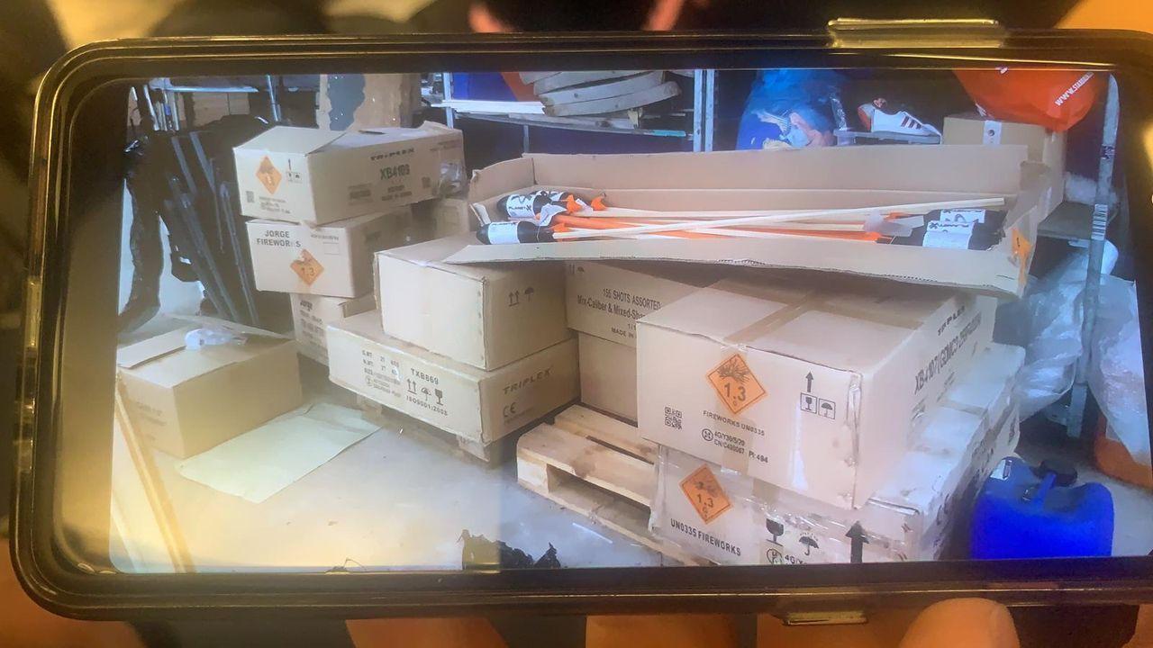 Honderden kilo's illegaal vuurwerk in pand Poeldijk