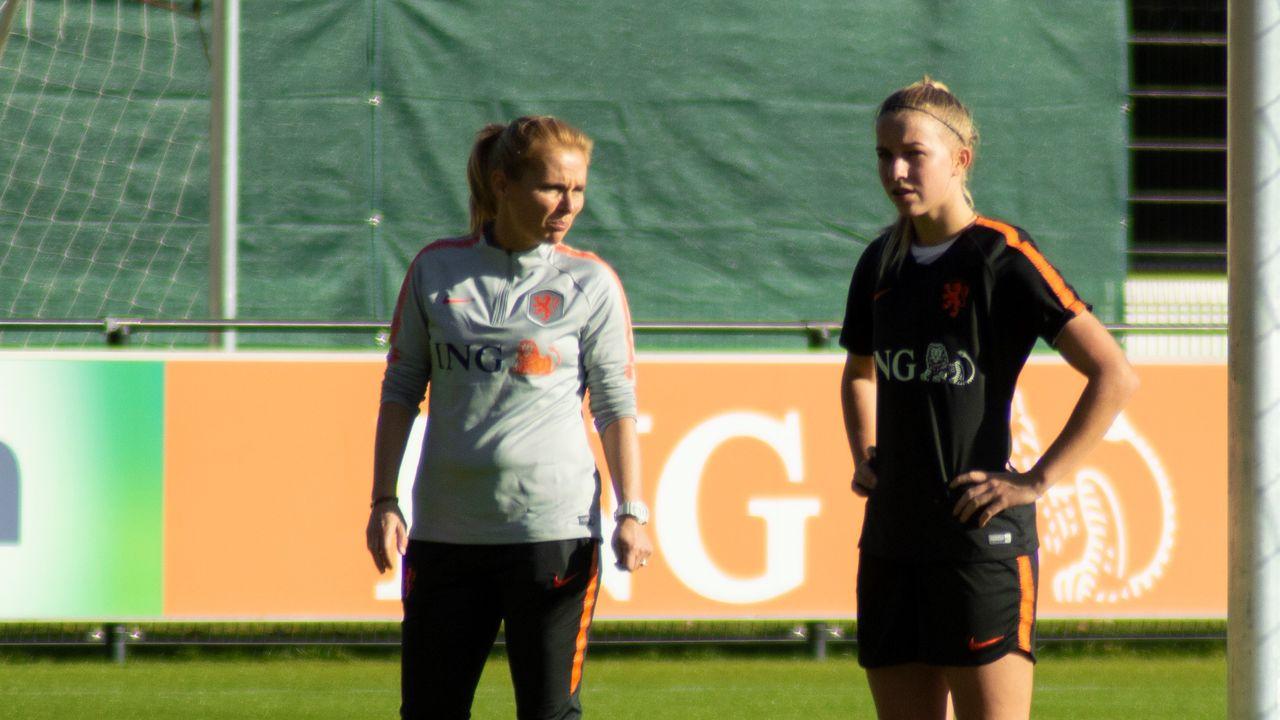 Sarina Wiegman na Spelen bondscoach van Engelse voetbalvrouwen