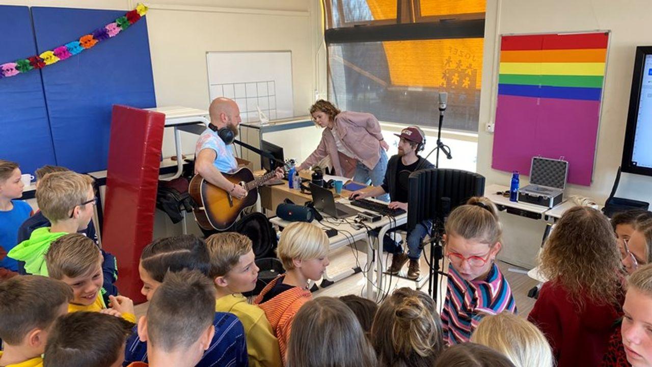Veertien basisscholen strijden om de titel in het Jong Roffa songfestival
