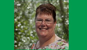 Schrijfster Olga van der Meer in Bibliotheek Maasdijk